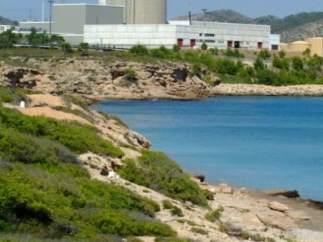 Vista Panorámica Desde El Mar De La Nuclear De Vandellòs II