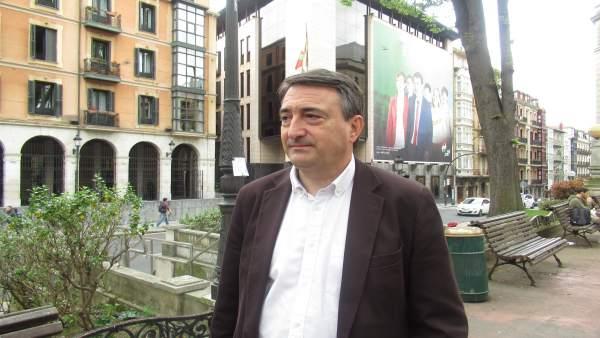PNV ganaría nel País Vascu al llograr seis escaños, ún más, y Podemos perdería trés diputaos y la primer posición