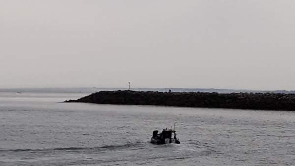 Reanudan la búsqueda del pescador desaparecido en la zona de rocas de Jaizkibel, en Hondarribia (Gipuzkoa)