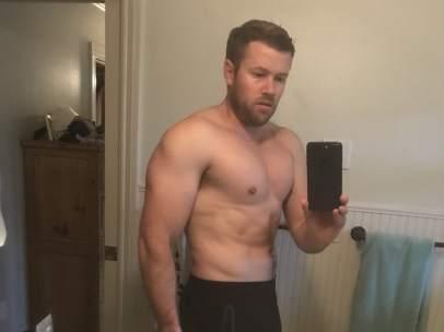 Ryan Hall gana 40kg de músculo