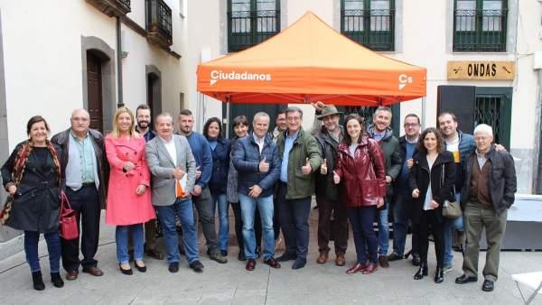 28A.- Prendes Se Compromete A Combatir La Despoblación Y La Resignación En Todo El Suroccidente Asturiano