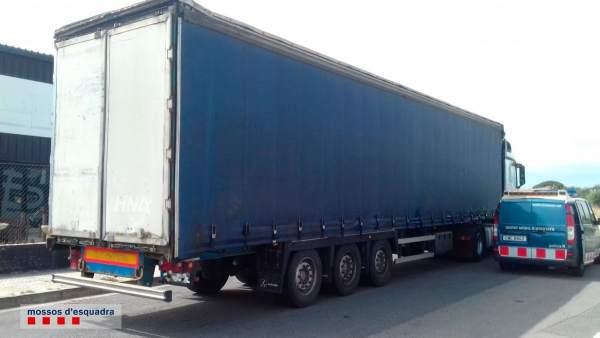 Sucesos.- Detenido un camionero en Cambrils (Tarragona) por conducir ebrio