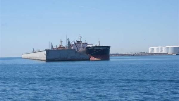 El puerto de Castellón cierra al tráfico marítimo por el temporal