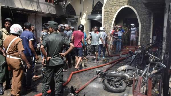 Una cadena de explosiones deja cientos de muertos en Sri Lanka