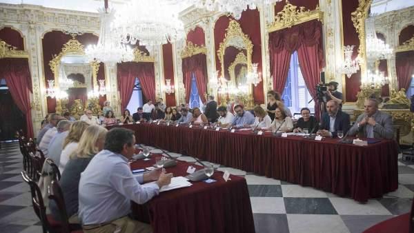 Cádiz.- Memoria.- El PSOE exige en Diputación el cumplimiento íntegro de la Ley de Memoria Histórica de Andalucía