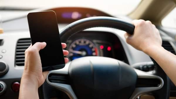 ¿Quieres configurar tu coche a través del móvil? Así debes hacerlo