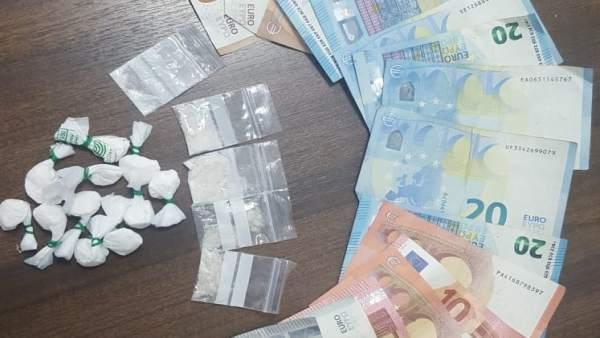 Sucesos.- Detenido un hombre con papelinas de cocaína preparadas para su venta en el Paseo Marítimo de Palma