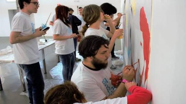 Artistas de la ESI mostrarán su talento pintando un mural gigante en Vallsur