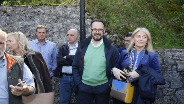28A.- Vox tilda de 'cadáver político' a Cascos y sostiene que a Foro 'no le votará nadie'