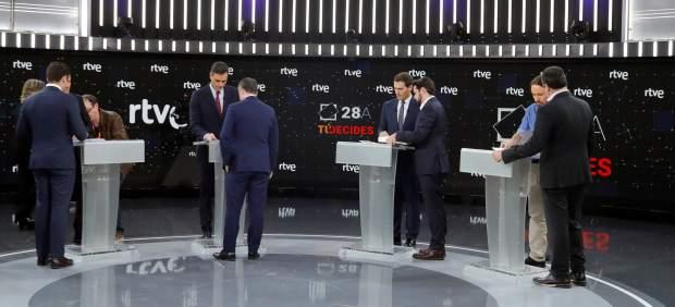Debate a cinco