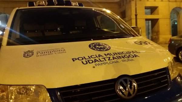 Sucesos.- Agrede a un policía municipal en Pamplona que trataba de evitar una pelea