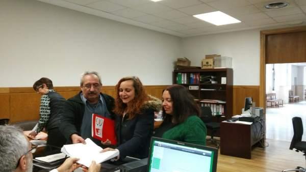 26M.- Carmen Franganillo Encabeza Una Lista 'Plural, Diversa E Integradora' De IU Al Ayuntamiento De León