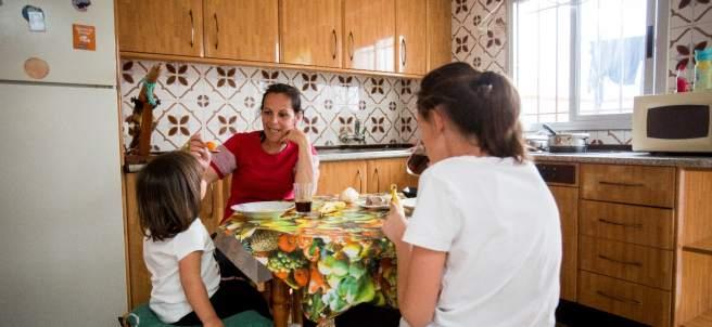 La Renta Mínima de Inserción llega a pocos hogares en pobreza severa