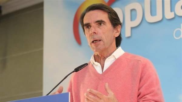 """Aznar: """"Si tengo delante alguno de los candidatos de ayer, me duran muy poco"""