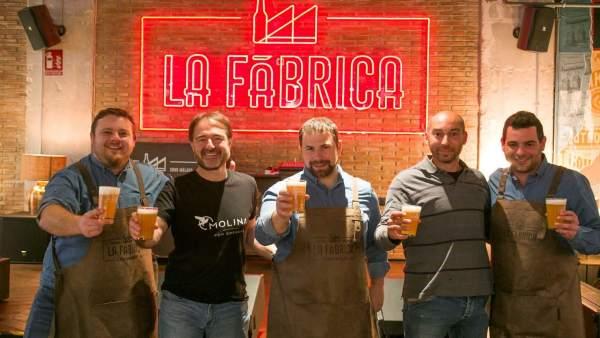 Málaga.- Cruzcampo elabora su primera cerveza ecológica en el espacio La Fábrica de Málaga