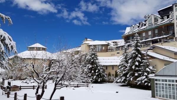 Granada.- Turismo.- Sierra Nevada recibe la mejor nevada de la primavera