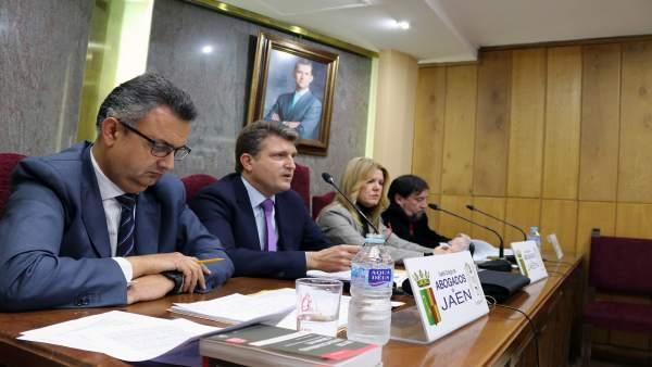 Jaén.- Más de 70 abogados se forman en un curso sobre delitos contra la seguridad del tráfico