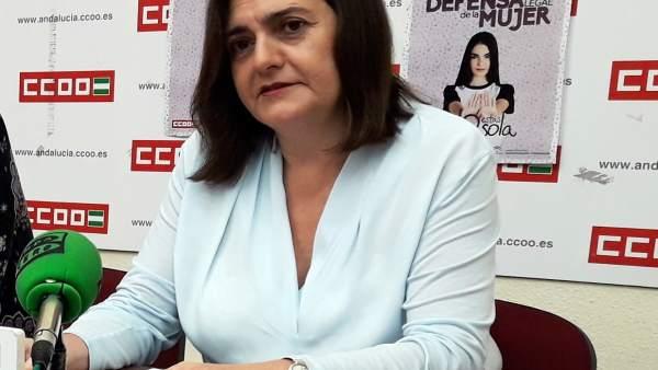 Marina Borrego (CCOO) en una rueda de prensa