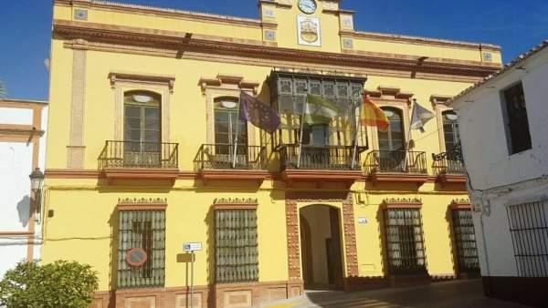 Sevilla.- El Ayuntamiento de Montellano prevé ahorrar 180.000 euros en intereses al acogerse al FEAR de Diputación