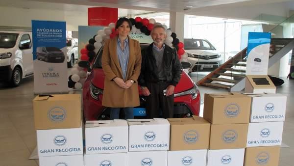 El concesionario oficial Toyota en Logroño y Calahorra, Japoauto,  entrega al Banco de Alimentos 155 kilos