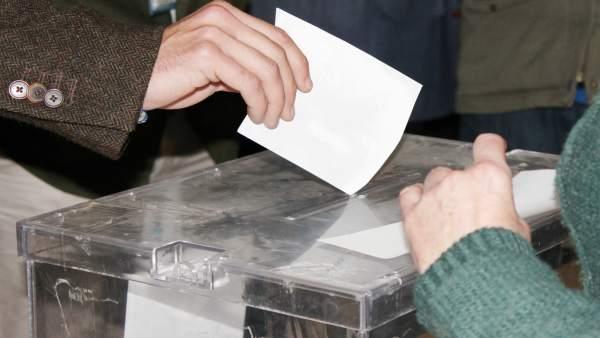 26M.- Los partidos deben registrar esta semana sus coaliciones para las europeas y municipales