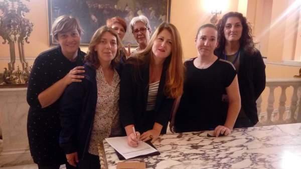 Sevilla.- Participa pregunta a Espadas por los servicios 'privatizados' y los gastos por la cumbre mundial del turismo