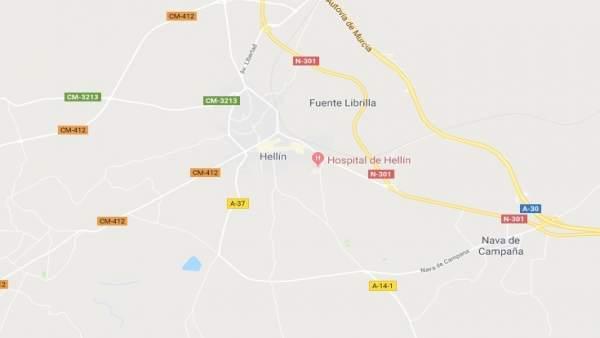 Sucesos.- Un hombre de 87 años, afectado por inhalación de humo en Hellín tras incendiarse su colchón con una colilla