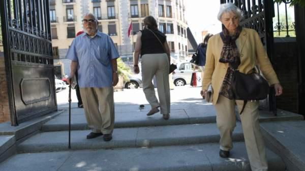 La Comunidad registró 613.596 pensiones en abril, con una cuantía de 975,80 euros, un 6,0 por ciento más que en 2018