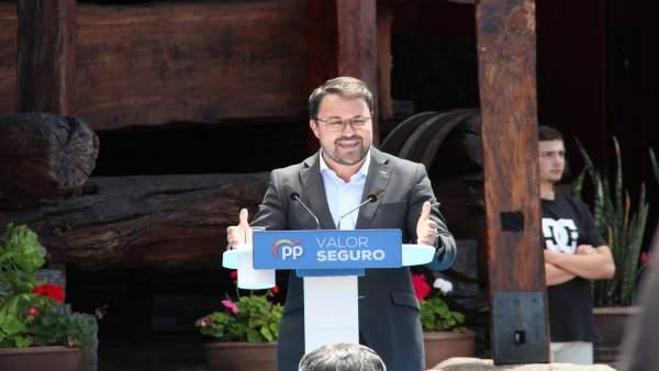 28A.- Antona (PP) pide a Sánchez que se deje de Consejos de Ministros en Canarias y cumpla con las islas