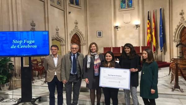 Empresas.- Roche España entrega la beca 'Stop Fuga de Cerebros' a una investigadora para estudiar la sepsis