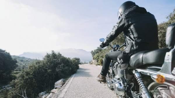 ¿Pagas mucho por el seguro de tu moto? ¡Este es el precio medio en España!
