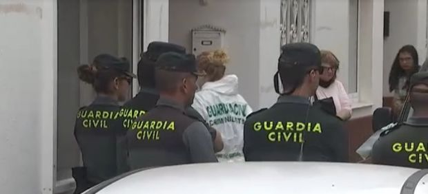 Guardia Civil procede a un registro