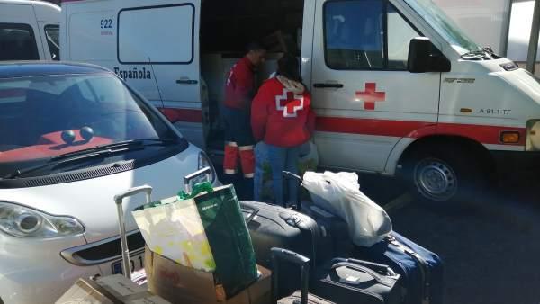 Aena dona a Cruz Roja unos 4.000 artículos que se encontraban como objetos perdidos en el aeropuerto Tenerife Norte