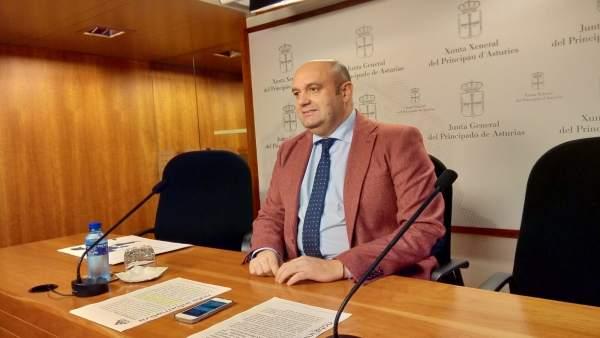 Leal (Foro) afirma que el PSOE 'es el único responsable de los retrasos' en la Variante de Pajares