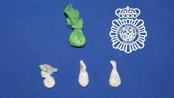 Sucesos.- Detenido un joven en Salamanca por llevar 14 gramos de 'speed' y una tarjeta de crédito robada