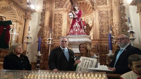 Jaén.- Turismo.- El Ayuntamiento adapta la visita a la ciudad para casi un centenar de invidentes