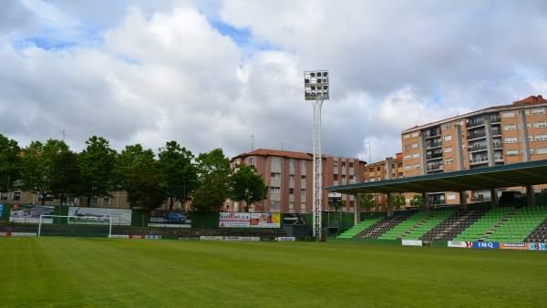 El Ayuntamiento de Sestao modernizará el alumbrado del Campo de Fútbol de Las Llanas