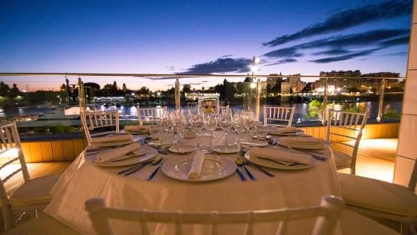 Sevilla.- Muelle 21 ofrecerá un menú especial para la noche del 'pescaíto' en la Feria de Abril