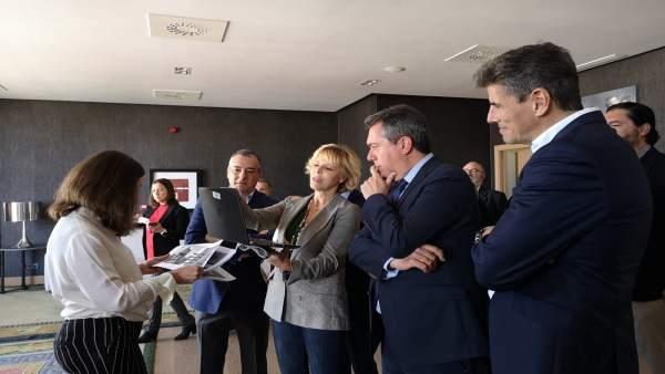 Sevilla.- Espadas abordará la semana próxima con delegado del Gobierno el 'refuerzo de seguridad' en Polígono Sur