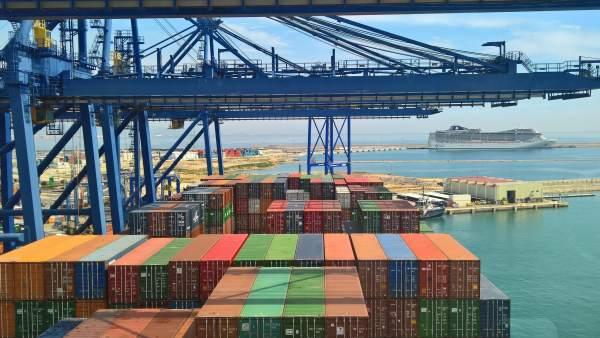 Valencia.- Podem pide parar la ampliación norte del puerto porque 'implica derribar un dique' pagado con fondos europeos