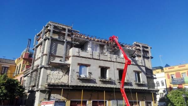 Sevilla.- Adepa avisa de obras de 'derribo' en un edificio regionalista de San Bernardo