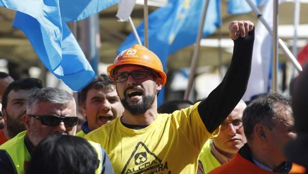 Economía.- Industria asegura que el retraso del estatuto electrointensivo 'no tiene por qué' afectar a la venta de Alcoa