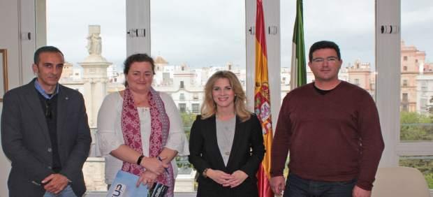 Np Y Foto Reunión Ana Mestre Y Sup