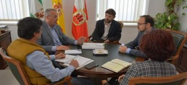 Cádiz.- El Ayuntamiento de San Roque plantea a la Junta albergar juzgado en el pabellón en ruinas Diego Salinas