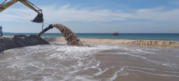 Cádiz.- Arranca el dragado del acceso al puerto de Sancti Petri para facilitar la navegación