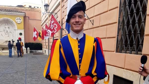 be48db205 El Vaticano necesita más guardias suizos: cada vez hay menos ...