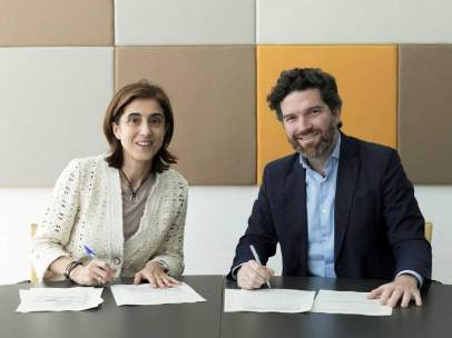 Pilar López, presidenta de Microsof España, e Íñigo de Yarza, Presidente de Hiberus Tecnología