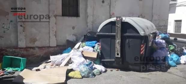 Cádiz.- Vecinos de El Puerto lamentan el estado de la ciudad tras seis días de huelga de basura