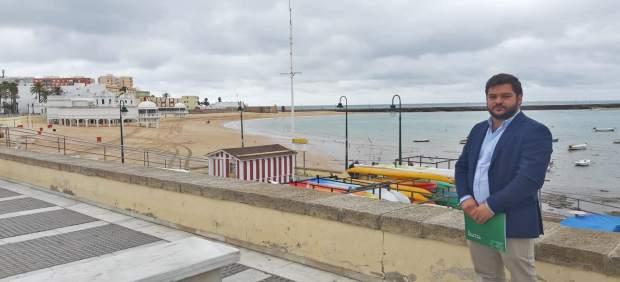 Cádiz.-Turismo.- Cádiz es la provincia andaluza con mayor número de banderas azules en sus playas
