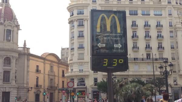 El ponent puja aquest divendres les temperatures fins als 33º a la Comunitat Valenciana amb una humitat per sota del 30%